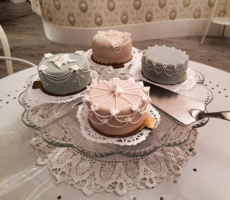 Sani S Cakes Createurs De Gateaux Sur Mesure A Angers