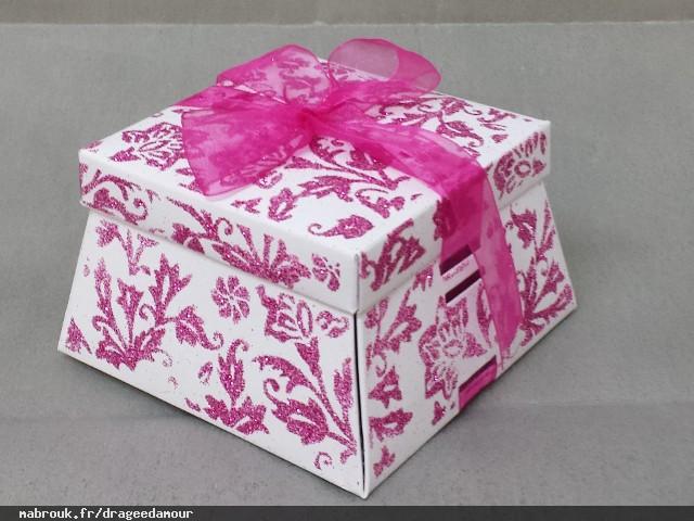 drag e d 39 amour drag es faire part bo te gateaux d coration version 2. Black Bedroom Furniture Sets. Home Design Ideas